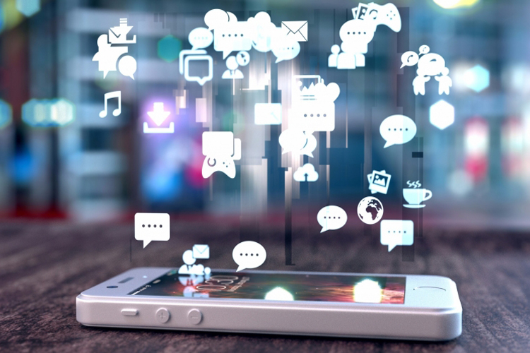 لماذا يحب أن تعمل العلامات التجارية مع المؤثرين عبر مواقع التواصل الاجتماعي