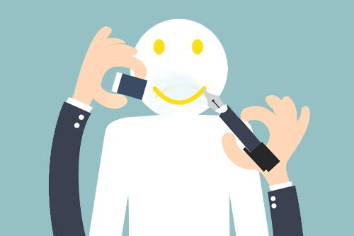 حذف التعليقات السلبية من العملاء دون محاولة التحدث اليهم وسماع شكواهم