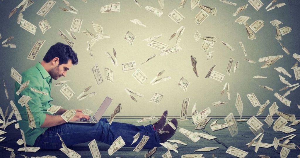 العمل مع عربوست مهنة مربحة ومصدر لجنى الأموال