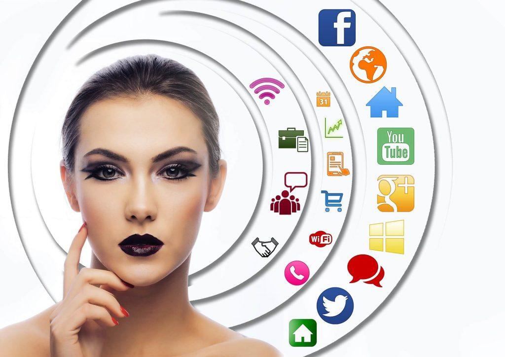ينصح بعدم التركيز على منصة اجتماعية واحدة في استراتيجيات التسويق عبر المؤثرين